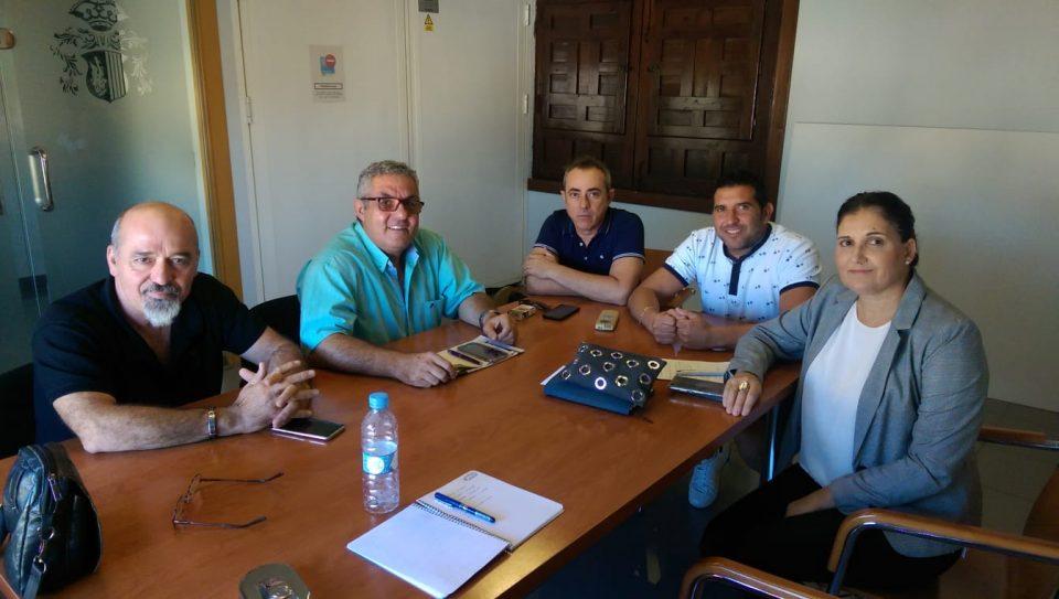 Los taxistas de Orihuela aseguran que se ha mejorado el servicio en la costa 6