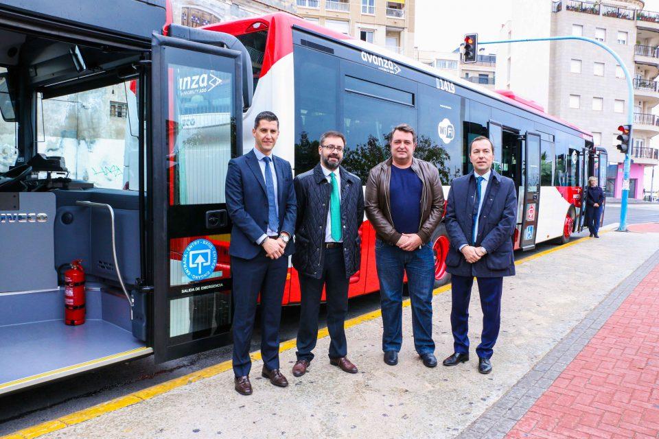 Dos nuevos autobuses se suman al servicio urbano de Torrevieja 6