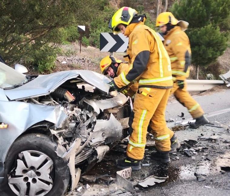 Cuatro heridos en un accidente en la N-340 a su paso por La Aparecida 6