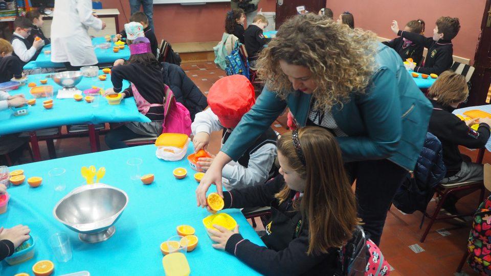 Orihuela fomenta el consumo de la naranja entre los escolares 6