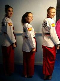 Jacarilla despide con honores a sus cracks del taekwondo 6