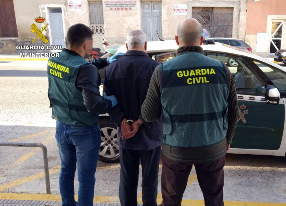 Desarticulan un grupo delictivo asentado en la Vega Baja dedicado al robo de vehículos 6