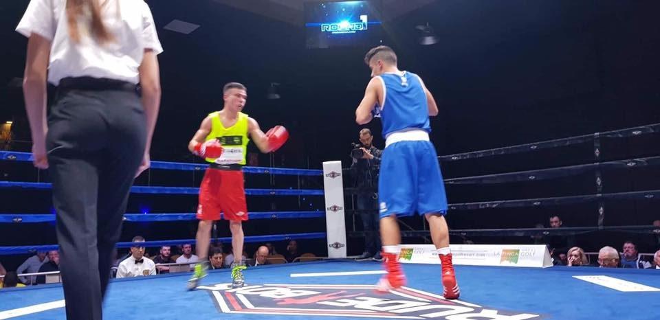 Arranque con éxito para el On Guardamar KO Boxing en la liga nacional 6