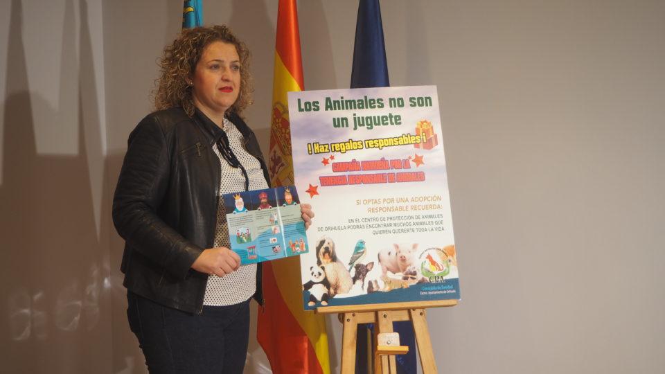 Orihuela lanza una campaña para evitar el abandono animal 6