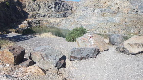 El PSOE de Orihuela pide al gobierno local medidas ante el peligro del lago del Oriolet 9