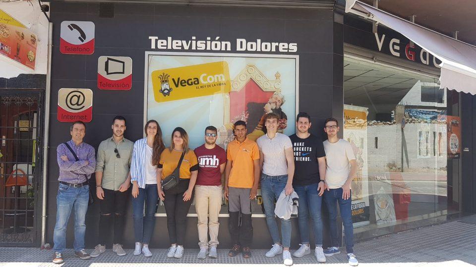 Estudiantes de la UMH visitan las instalaciones de VegaFibra 6