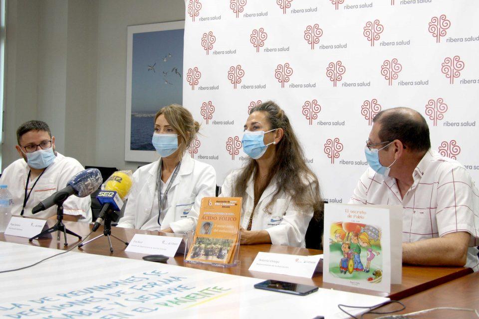 Torrevieja Salud se une con la Asociación de Espina Bífida para concienciar en su prevención 6