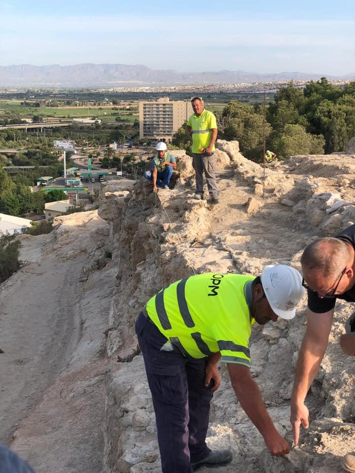 Obras de rehabilitación en la muralla de poniente del castillo de Guardamar del Segura 6
