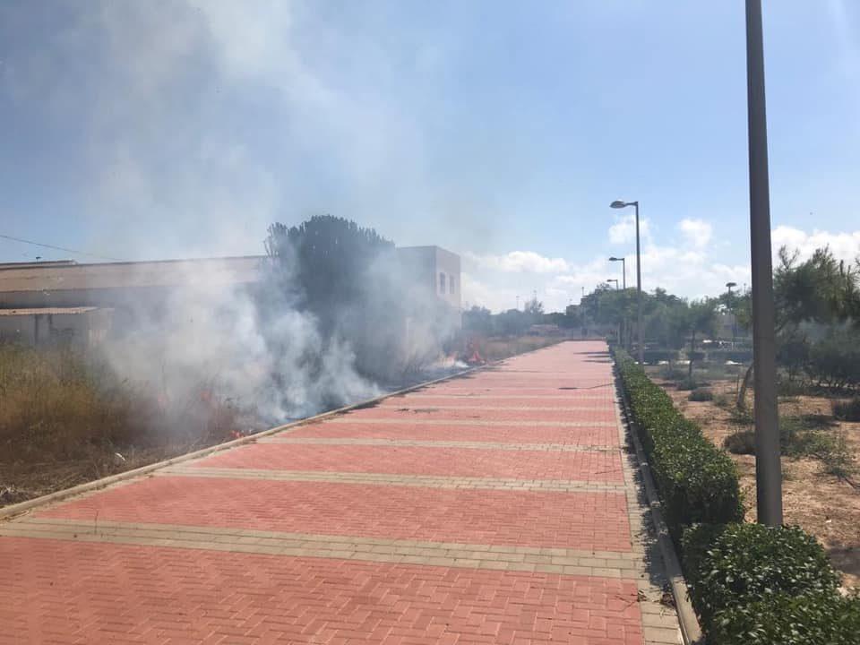 Incendio sofocado en Pilar de la Horadada 6