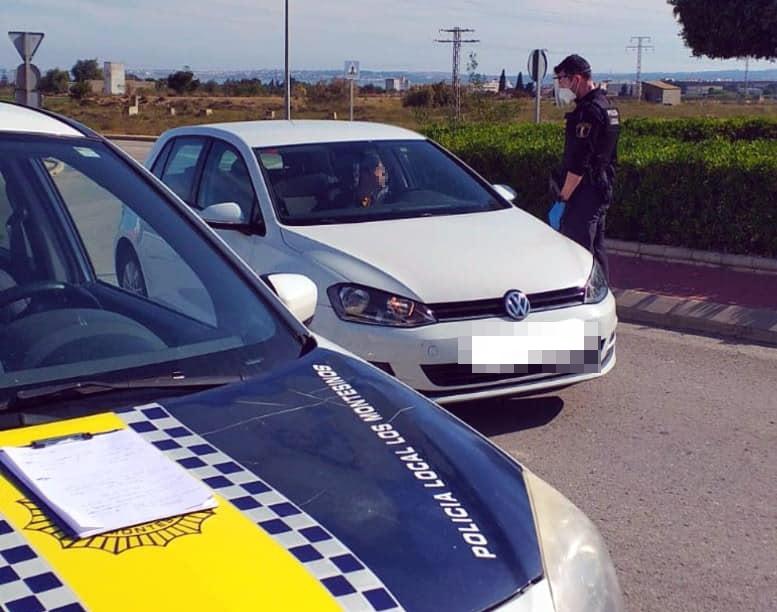 La Policía Local de Los Montesinos denuncia seis fiestas privadas en un fin de semana 6
