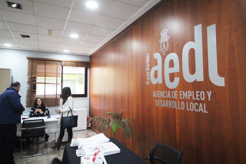 Guardamar impulsa un servicio de orientación a distancia a trabajadores y empresarios por el Covid-19 6