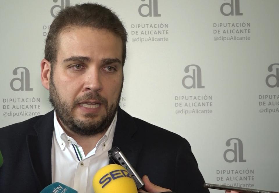 El PP critica la visita de Moreno y Pineda a la CHS 6