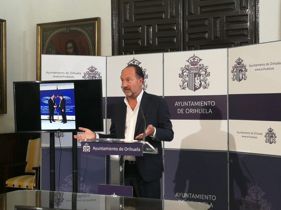 Emilio Bascuñana viaja a Bruselas para pedir ayuda a la Unión Europea 6
