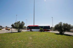 Nueva parada de autobús en la entrada al mercadillo semanal de Torrevieja 8
