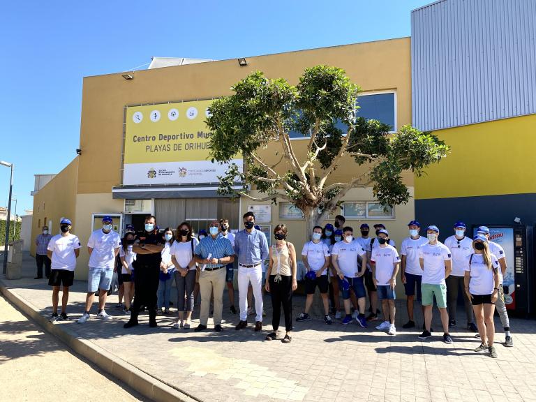Jóvenes desempleados de Orihuela realizarán labores de apoyo e información en las playas 6