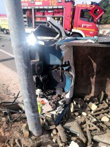 Fallece el conductor de un camión en un accidente en Los Montesinos 7