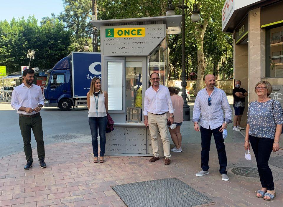 Los vendedores de la ONCE vuelven a la calle 6