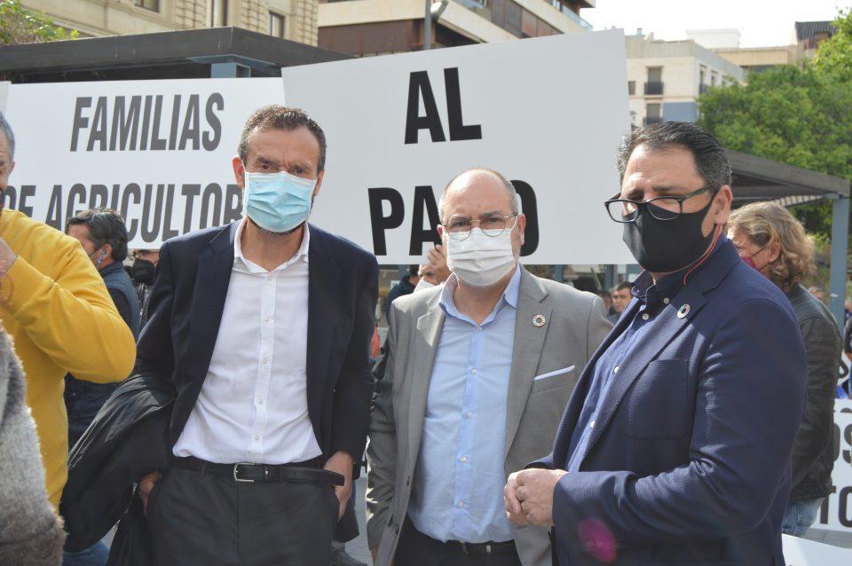 El PSOE muestra su respaldo a los regantes en la concentración por la defensa del Tajo Segura 6