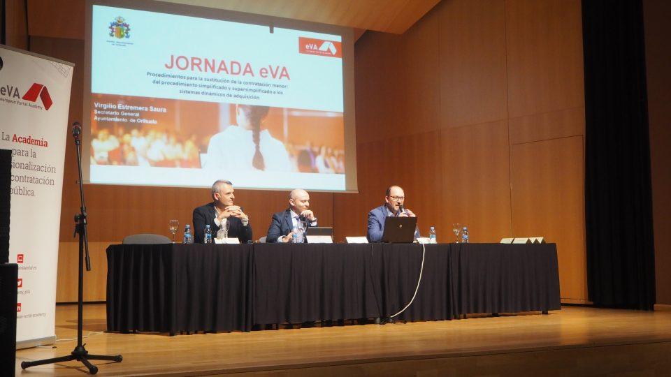 Orihuela acoge una jornada para resolver dudas en materia de contratación 6