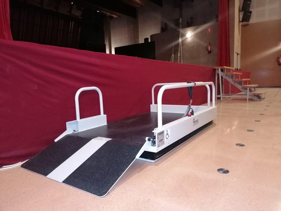 El Ayuntamiento de Rafal mejora la accesibilidad del Auditorio Municipal 6
