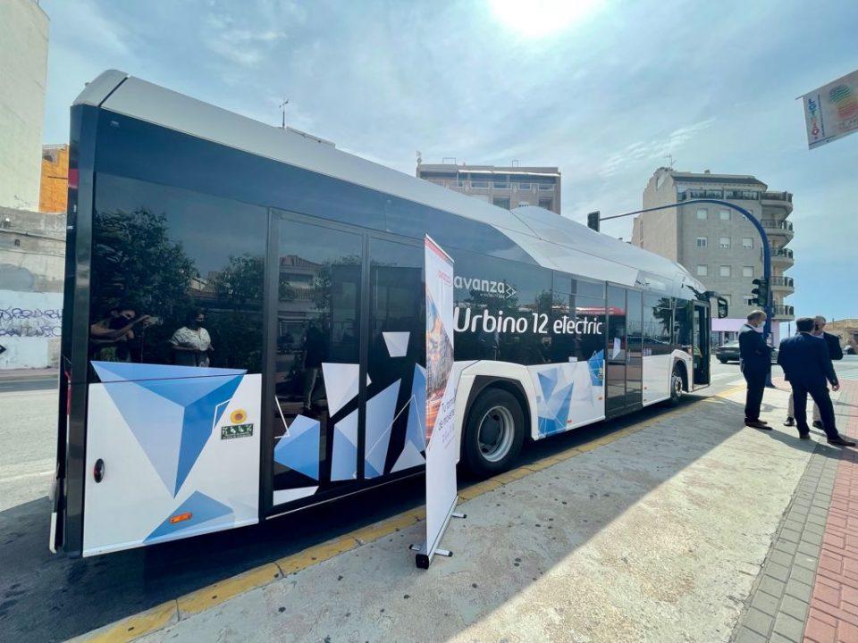 Torrevieja, elegida como base de pruebas de un autobús eléctrico con cero emisiones 6