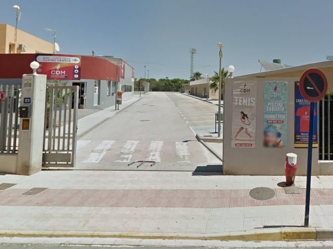 El PSOE de Orihuela denuncia la espera en la apertura del CDM en la costa 6