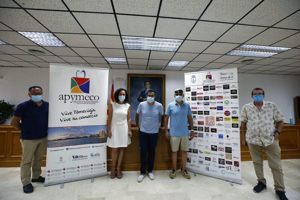 Torrevieja organiza un concurso para potenciar el comercio local 6