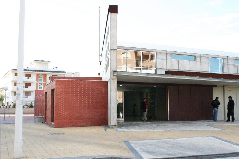 El departamento de Torrevieja centraliza las PCR en el centro de salud de La Mata 6