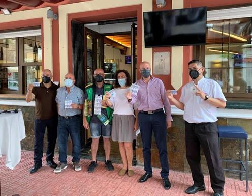 La ONCE muestra su apoyo a la hostelería de Torrevieja 6