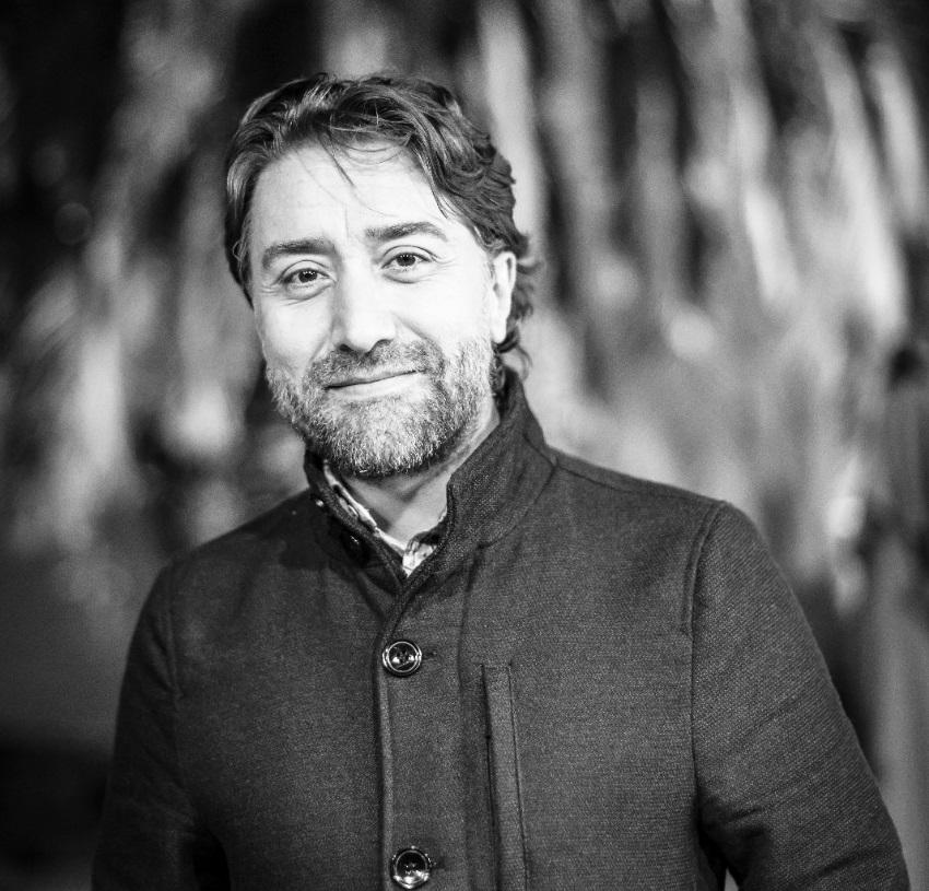 El escritor colombiano Carlos Alberto Palacio gana el Premio Internacional de Poesía Miguel Hernández 6