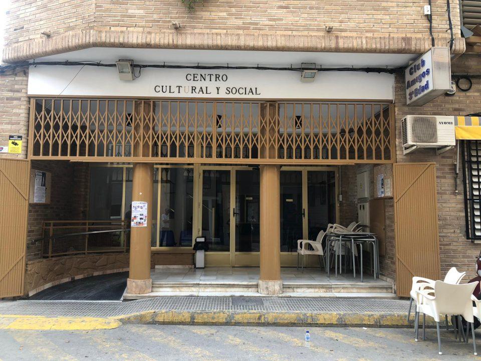 Adiós a las barreras arquitectónicas en el Centro de la Tercera Edad de Redován 6