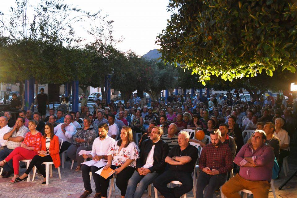 Ciudadanos congrega a numerosos vecinos en San Bartolomé 6