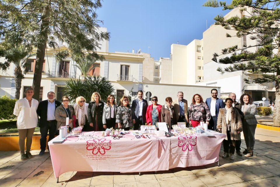 Torrevieja conmemora el Día Mundial del Cáncer 6