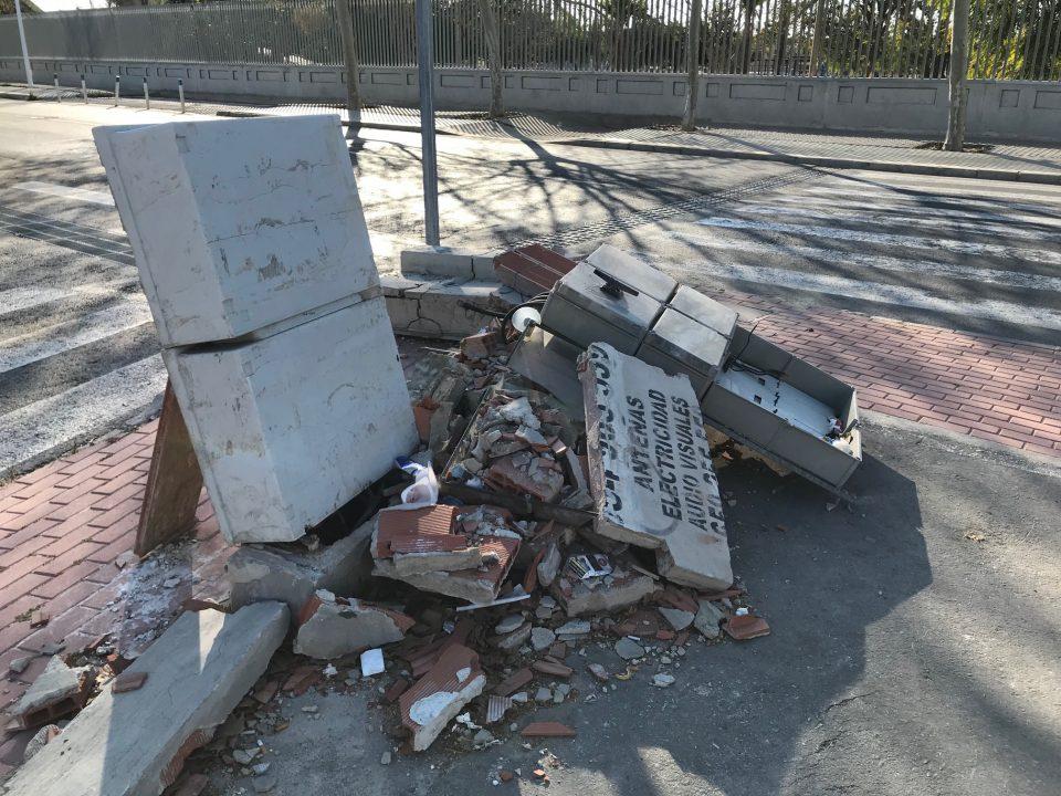 Peligro en las proximidades de centros escolares por el mal estado de cuadros eléctricos 6