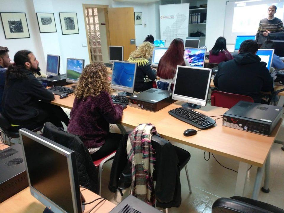 Cámara Orihuela pone en marcha cursos de formación para parados menores de 30 años 6
