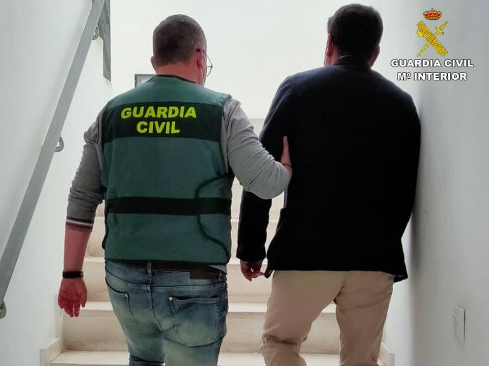 Tres detenidos por estafas en la adquisición de cítricos en la Vega Baja 6