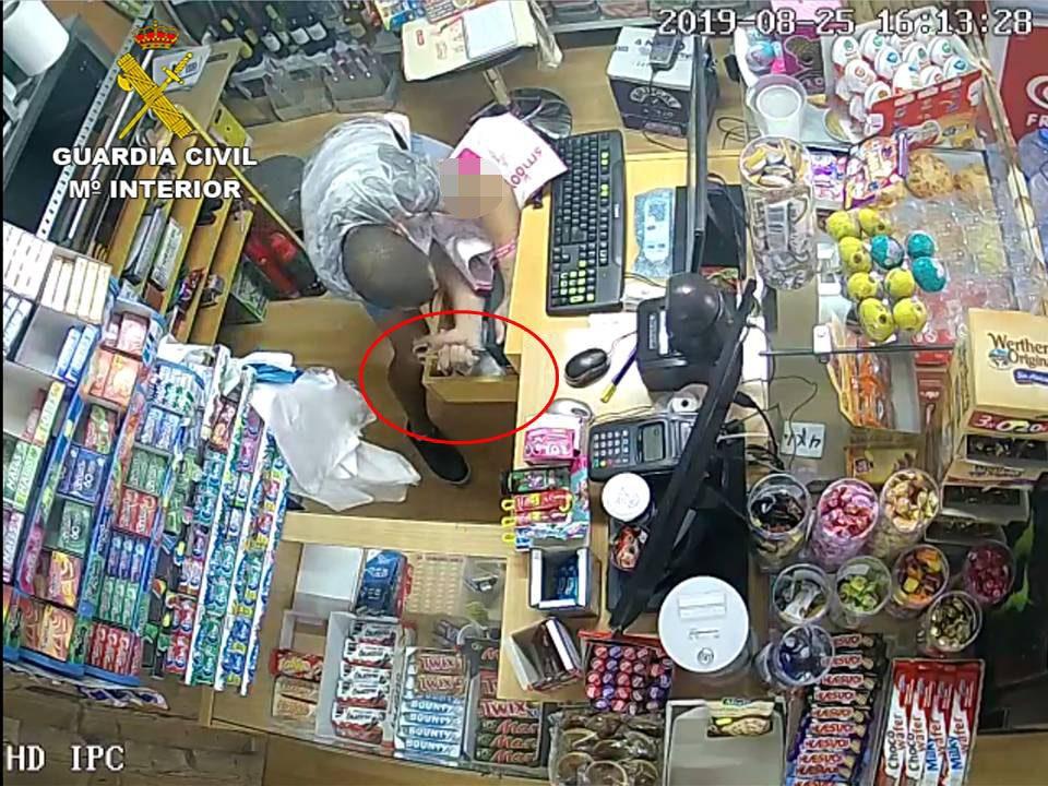 Varios detenidos en Torrevieja por robos con violencia e intimidación 6