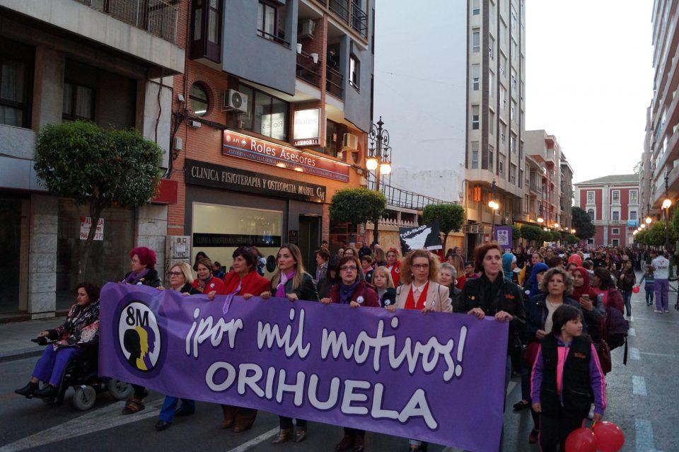 Orihuela reivindica la igualdad durante la conmemoración del 8-M 6