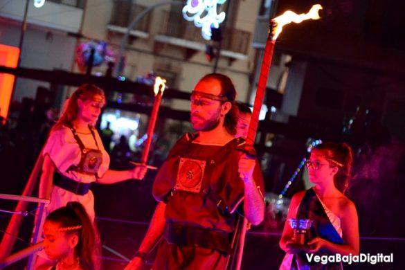La Encantá da paso a las fiestas de Guardamar 17