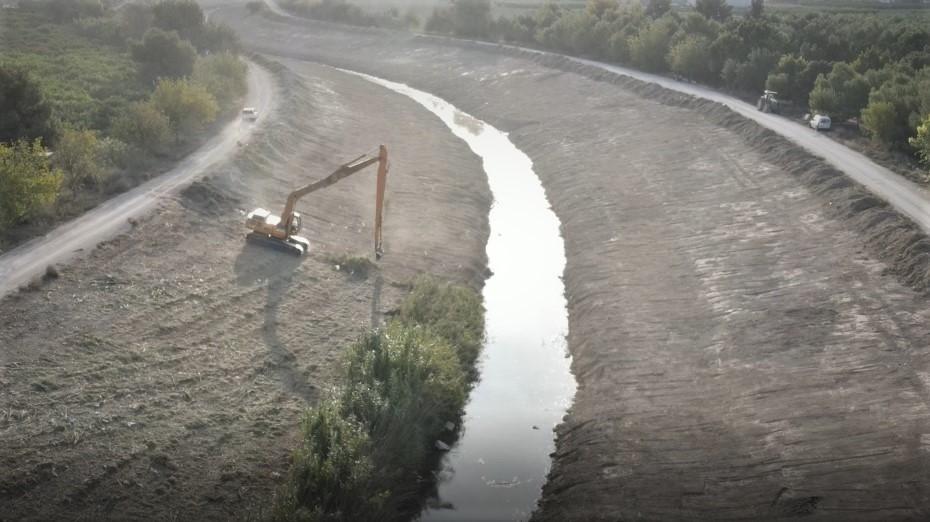 La CHS realiza labores de mantenimiento del río en Benejúzar 6