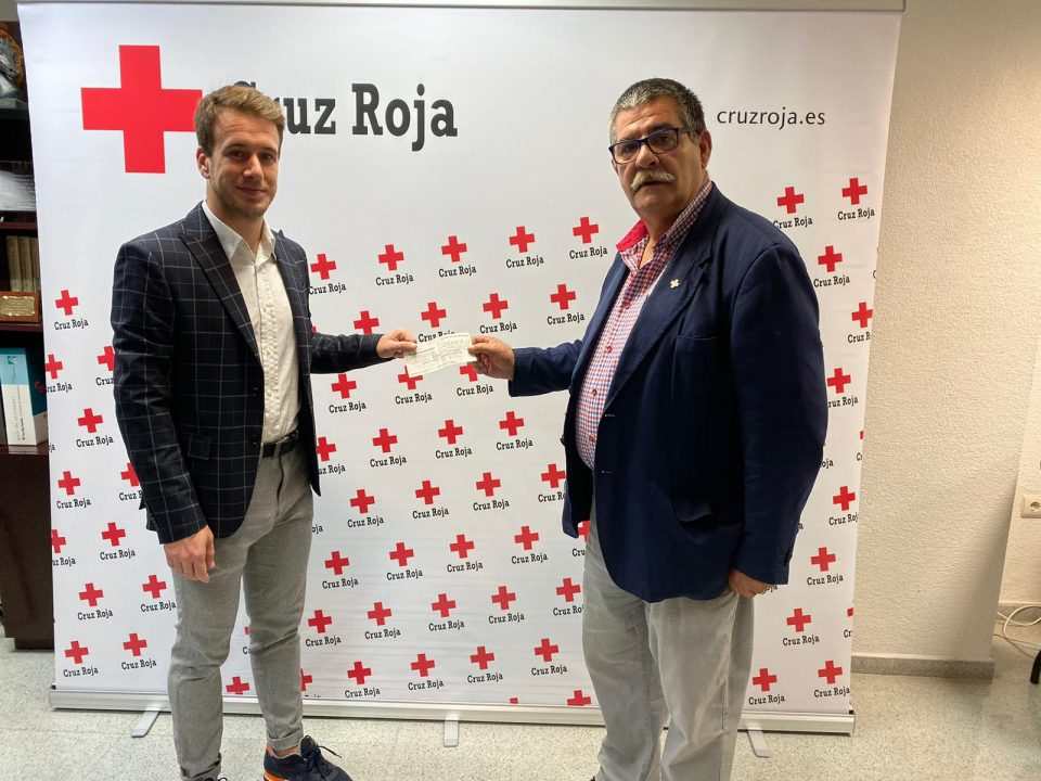 Cruz Roja Orihuela recibe una donación de 25.000 € para afectados por la DANA 6