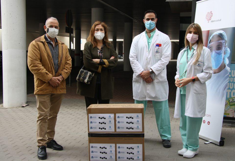 El Hospital de Torrevieja recibe una donación de mil FFP2 6