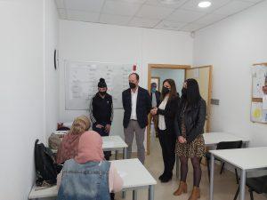 Orihuela desarrolla cursos de inmersión lingüística y de inserción laboral en el marco EDUSI 7