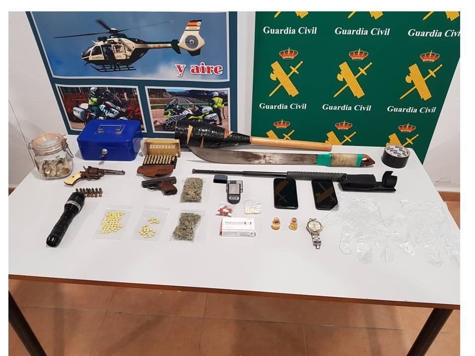 Un 'okupa' dispara al propietario de la vivienda en Torrevieja y ambos terminan detenidos 6