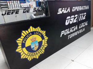 La Policía Local de Torrevieja moderniza su sala operativa 092/112 7
