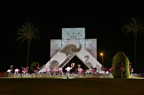 Torrevieja instala 28 flamencos en una de sus rotondas 8