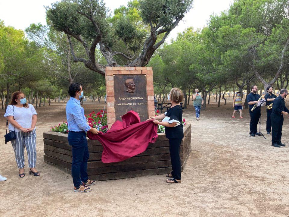 """El área recreativa """"Lo Albentosa"""" recibe el nombre de """"José Eduardo Gil Rebollo"""" 6"""