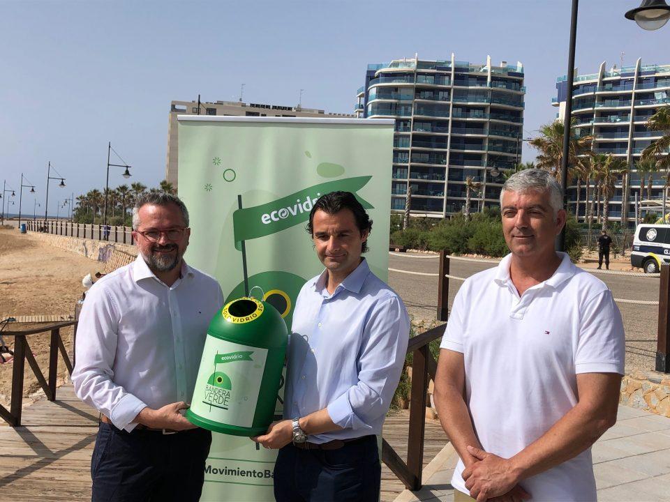 Torrevieja se moviliza en el reciclaje de vidrio para conseguir una Bandera Verde 6