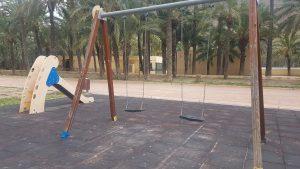El PSOE de Orihuela exige reforzar la limpieza y reparación de los parques infantiles 7