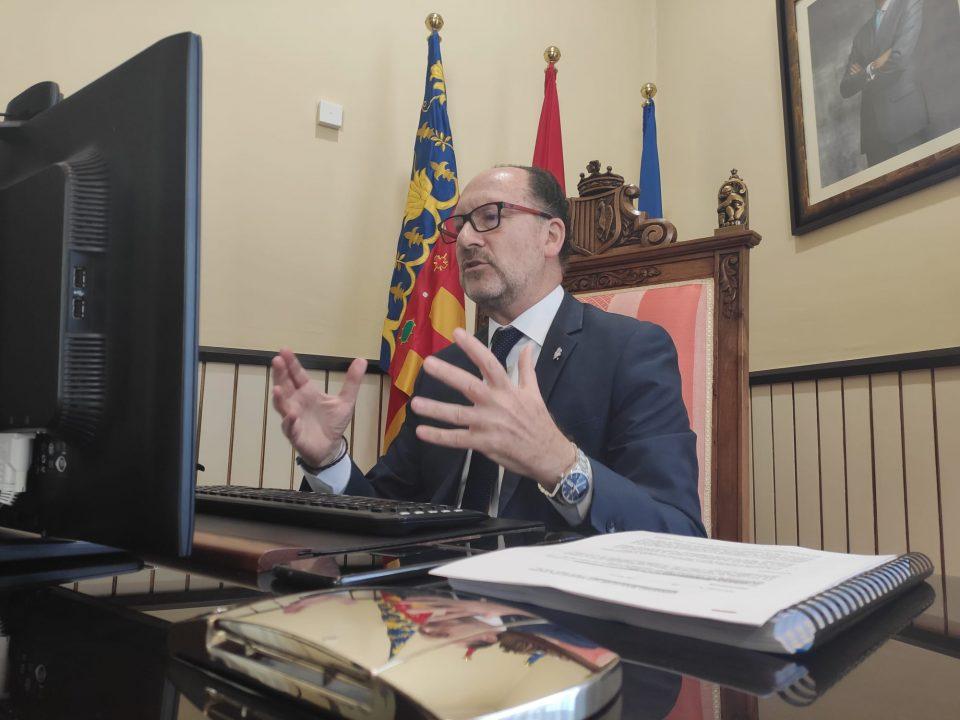 Bascuñana aclara que el gasto en asesores se acordó en el Pleno de constitución 6